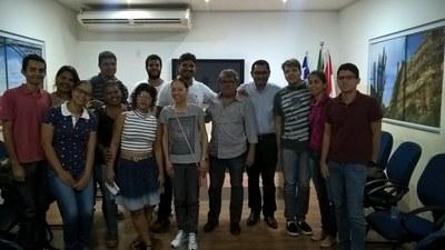 Representantes discentes e Diretor Geral do campus do Sertão na secretaria Municipal de Educação